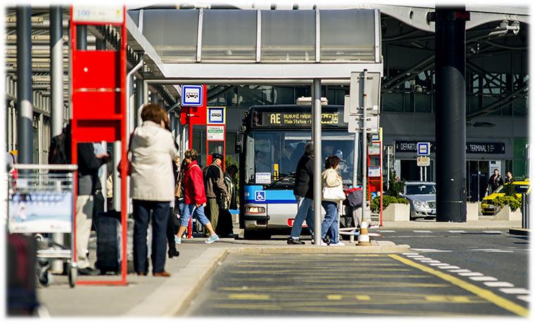 机场快线公交车
